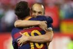 Dnes večer budou předány The Best FIFA Football Awards 2017, za Barcelonu se ceremonie zúčastní Lionel Messi s Andrésem Iniestou
